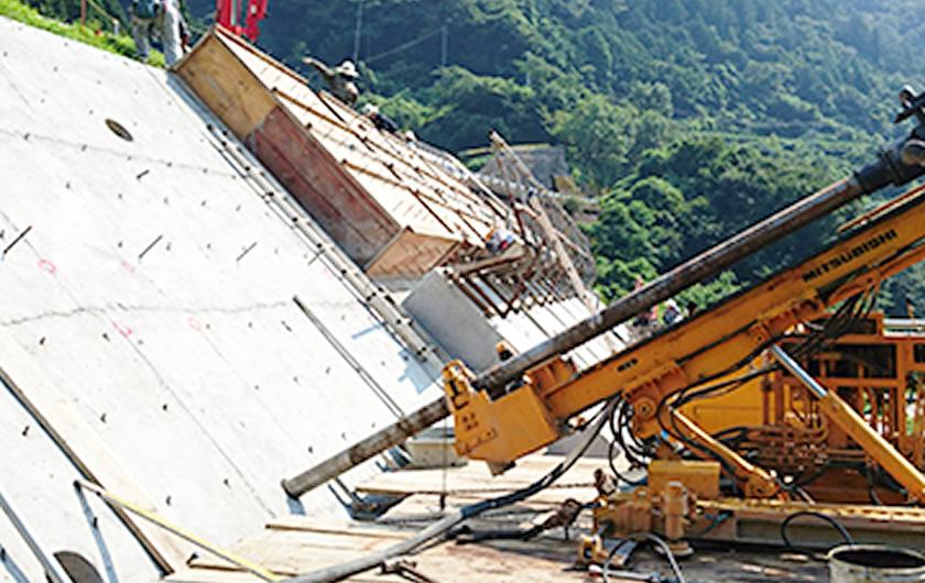 愛媛県アンカー工事(H27年8月~)